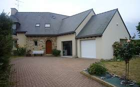 Album Garages et Abris de jardin : garage_en_extension_maison.JPG